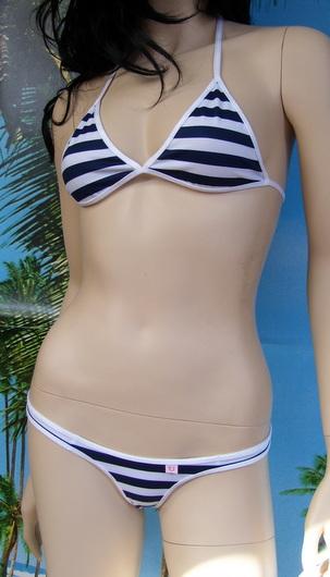 Bikini Dyane X top a triangolo + tanga bugyi